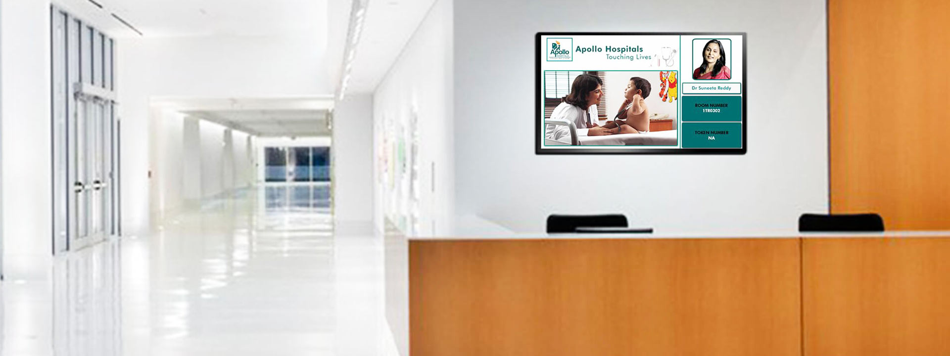 Digital Display Solutions for Healthcare
