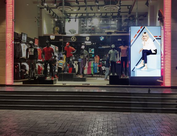 Highbrightness LED DIsplay for Branding and Advertisement for PUMA