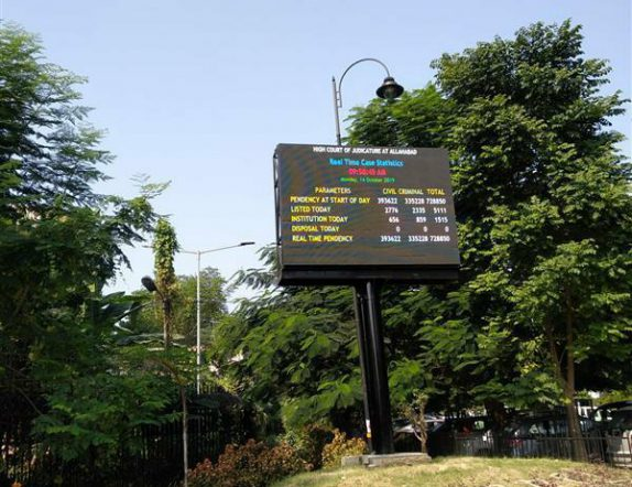 Outdoor Led Videowall displaying Statistics for Allahabad High Court